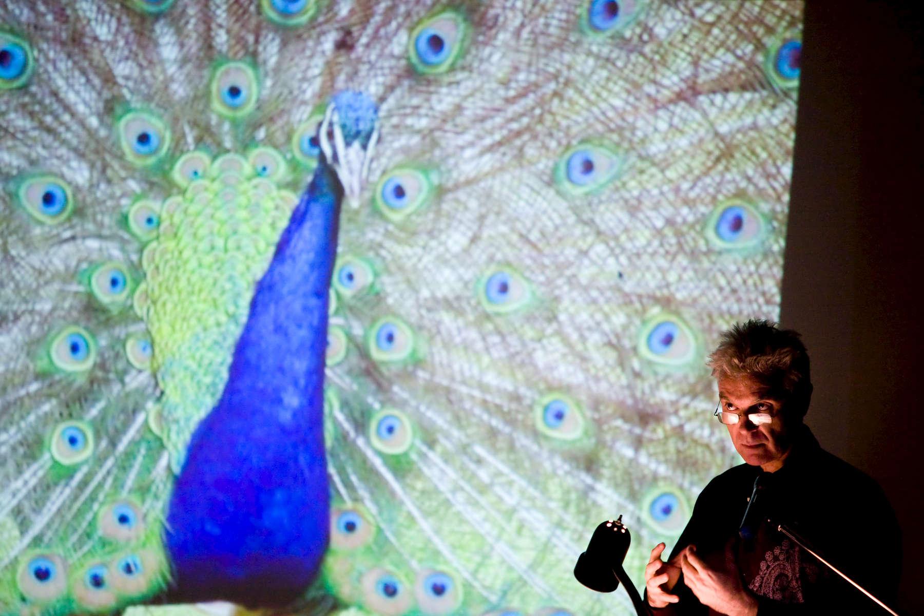 David Byrne, Talking Heads lead singer lectures at Yale University's School of Art. Yale Alumni Magazine