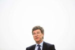Professor, Economist and Director, Earth Institute at Columbia University, Jeffrey Sachs, speaks at a Paul and Daisy Soros Fellowship for New American's event.