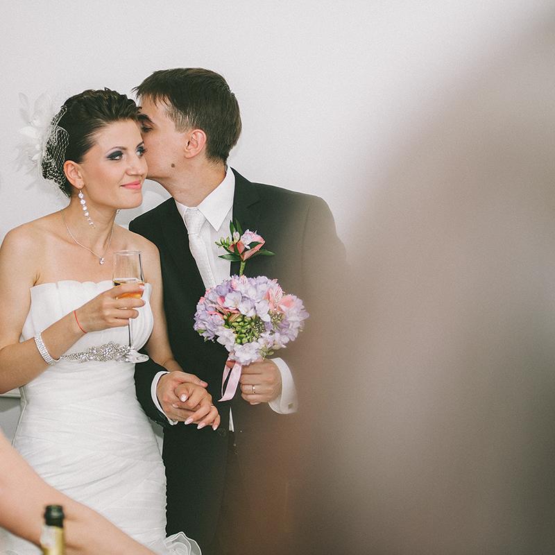 daw-fotograf-nunta-mariee-et-le-marie-premier_baiser-photographe-france-adrian-hancu_86