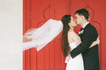 daw-passionate-kiss-the-bride-and-groom-at-a-wedding-happy-couple-united-kingdom-photographer-adrian-hancu_76