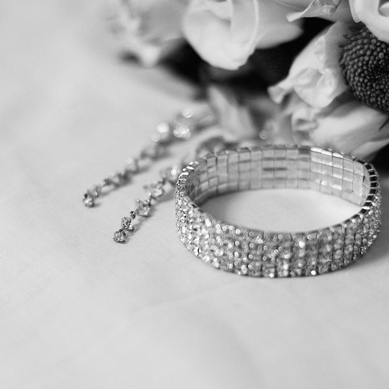 daw-wedding-ring-black-and-white-detail-macro-photography-by-adrian-hancu_32