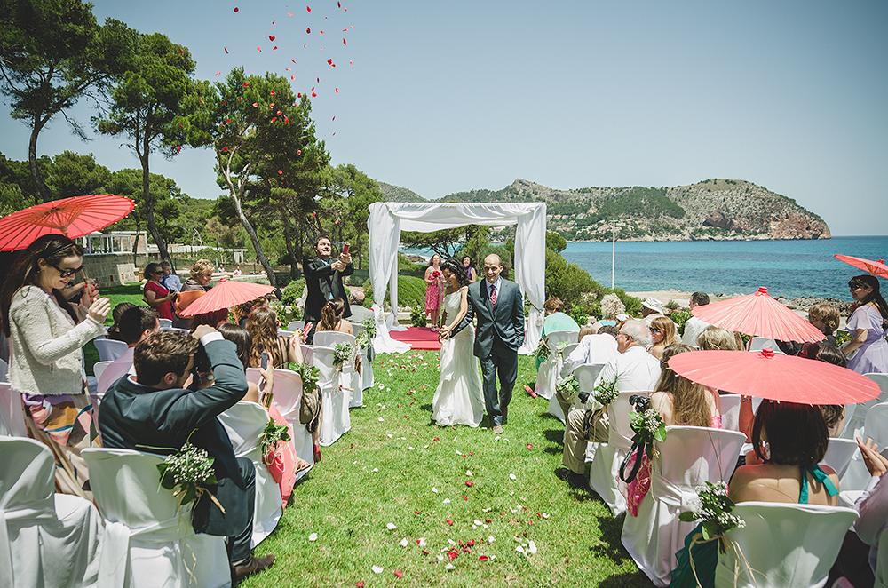petalos-de-la-boda-calla-major-mallorca-espana-fotografo-adrain-hancu-strasbourg-france