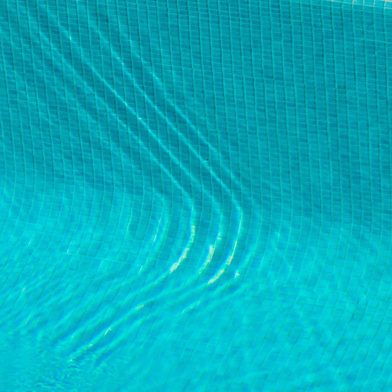pool-detail-wedding-photography-adrian-hancu-luxury-photoartelier
