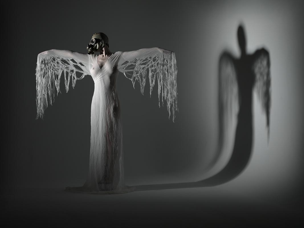 Angels-_-Vampires-A2