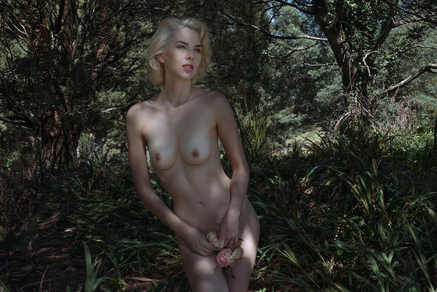 Nicole_06502