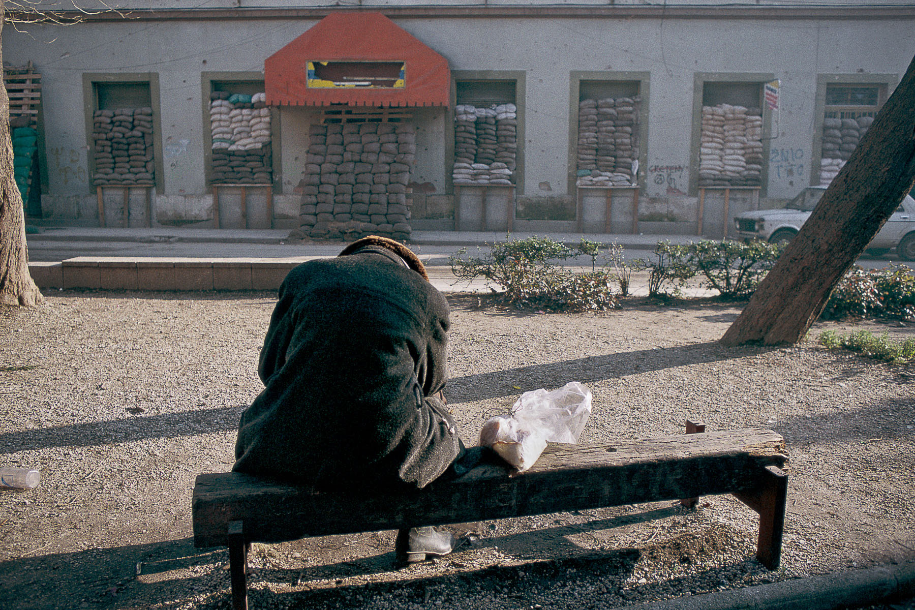 Inhabitant of the Muslim area of Mostar besieged by the Croatian militias in January 1994