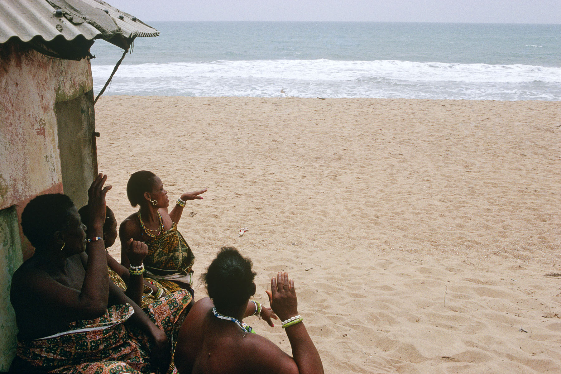 Ceremony for Mammy Wata, sea divinity in February 1998