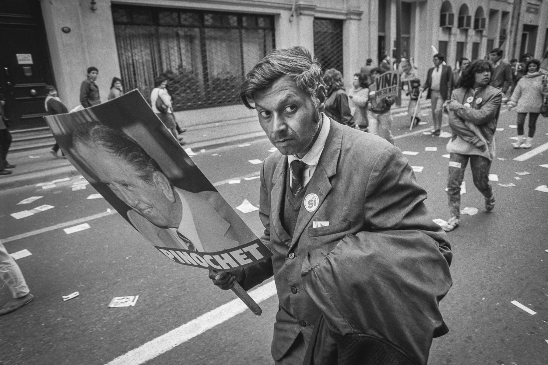 Augusto Pinochet supporter at SI rally during plebiscite Yes/No vote campaign in September 1988