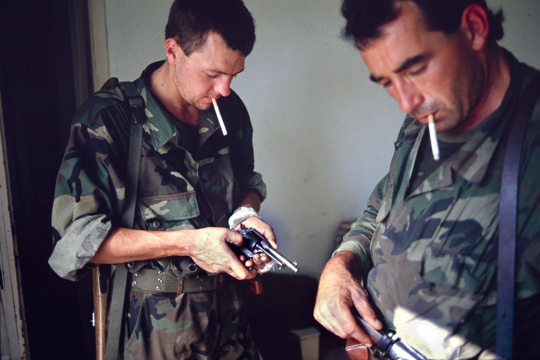 Croatian militiamen on the frontline during the Zagreb-Belgrade highway battle in September 1991