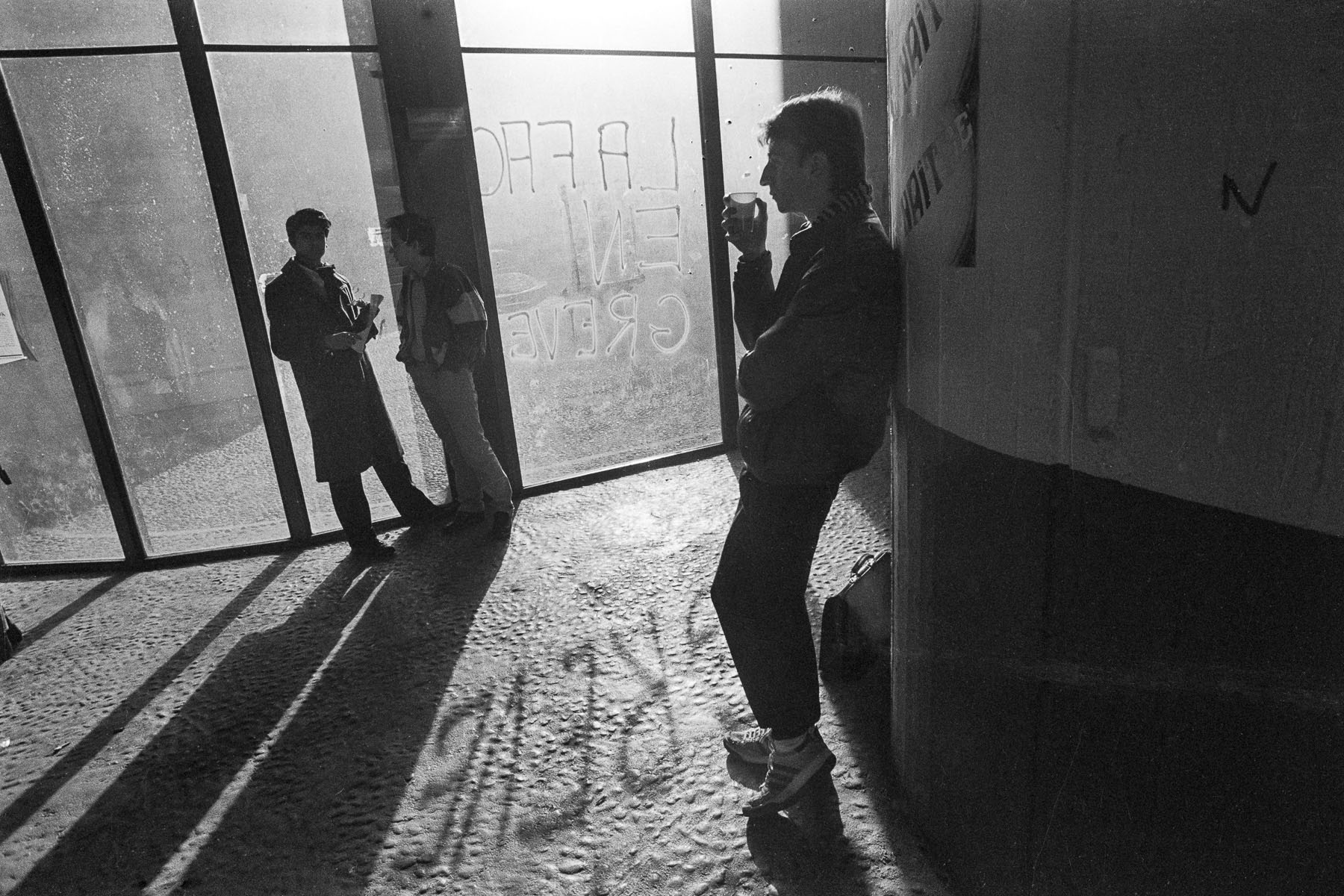 Students strike against Devaquet minister reform draft in Tolbiac University on november 1986