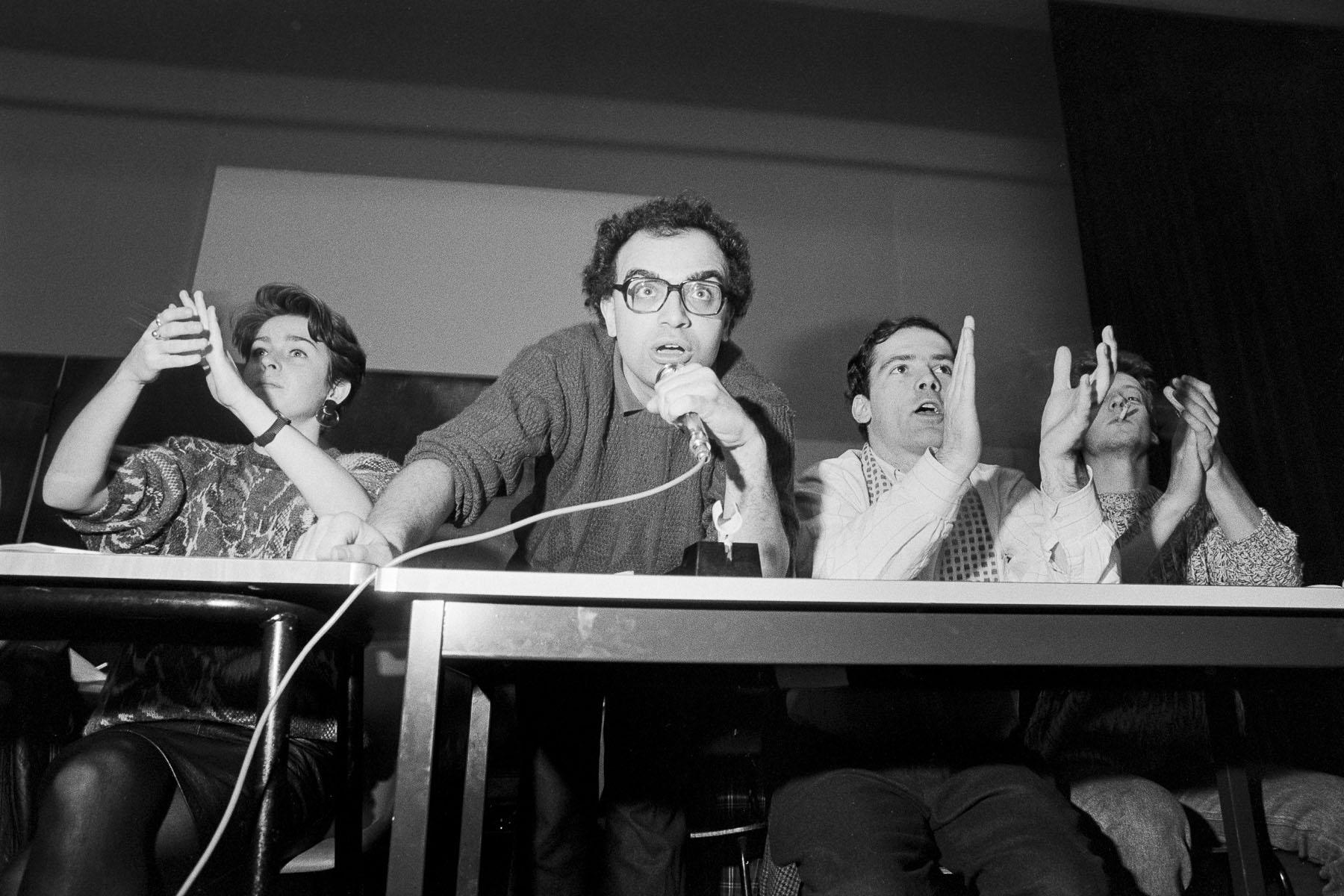 Students strike against Devaquet minister reform draft in Nanterre University on november 1986