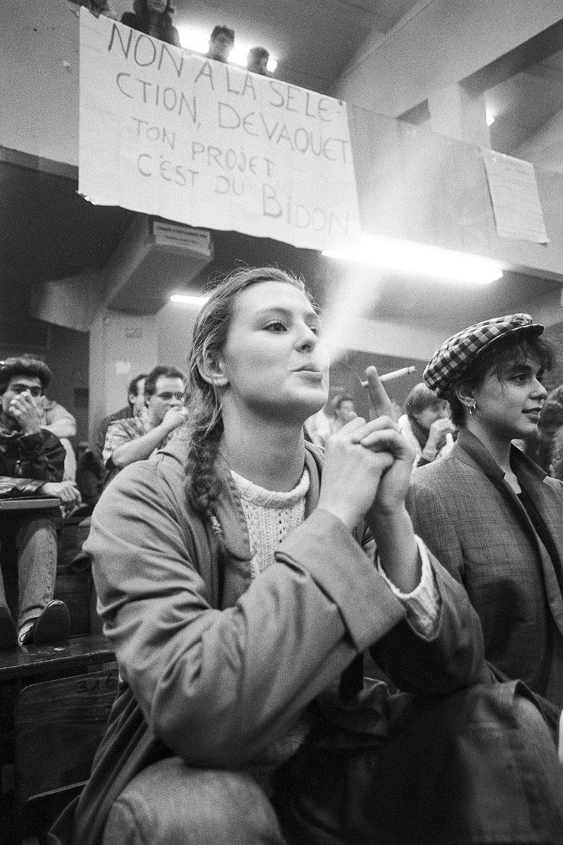 Students strike against Devaquet minister reform draft in Censier University on november 1986