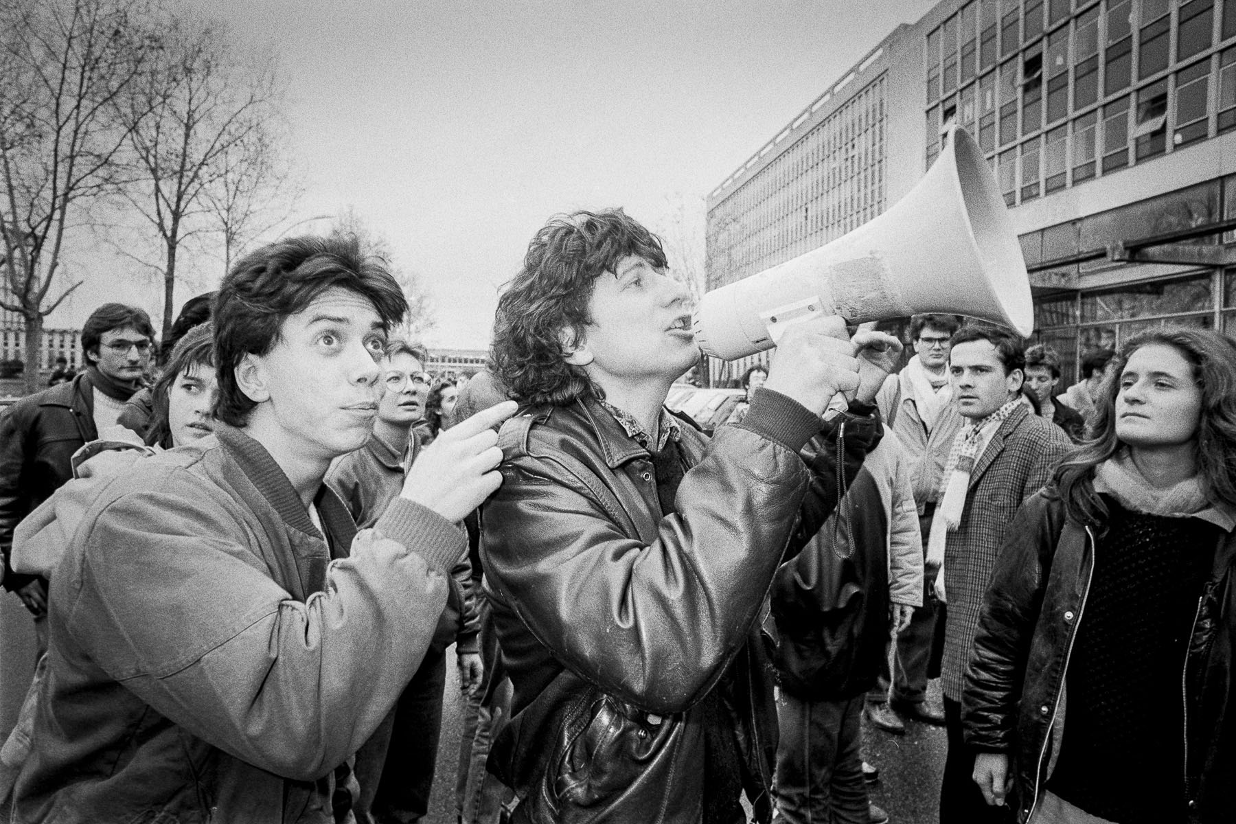 Students strike against Devaquet minister reform draft in Nanterre University on november 1986