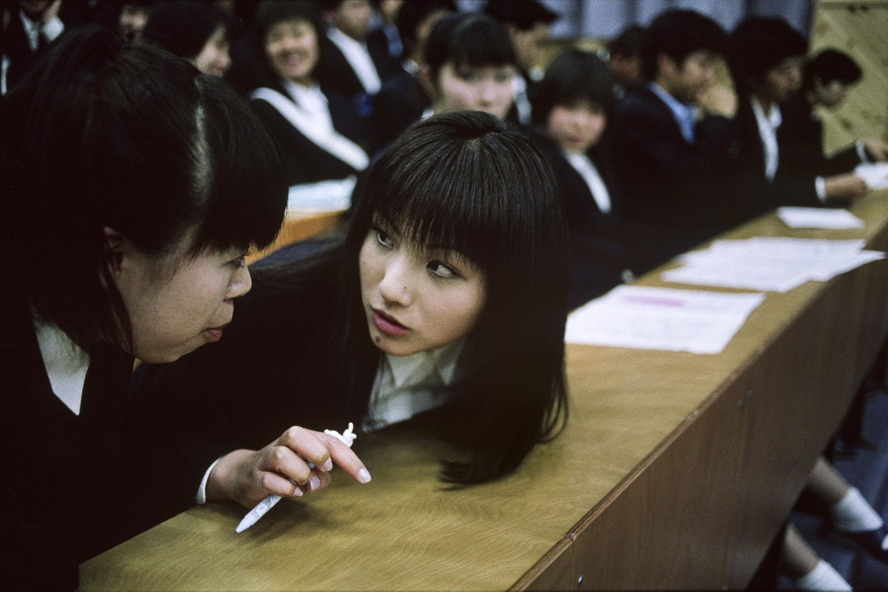 High school students in Kanazawa in May 1999