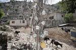 Dezermit ravine (slums) in November 2003
