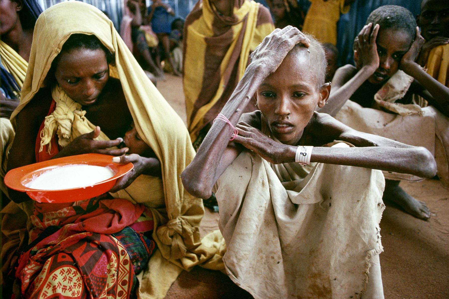 Feeding center in Somali refugee camp in Dagahaley in July 1992