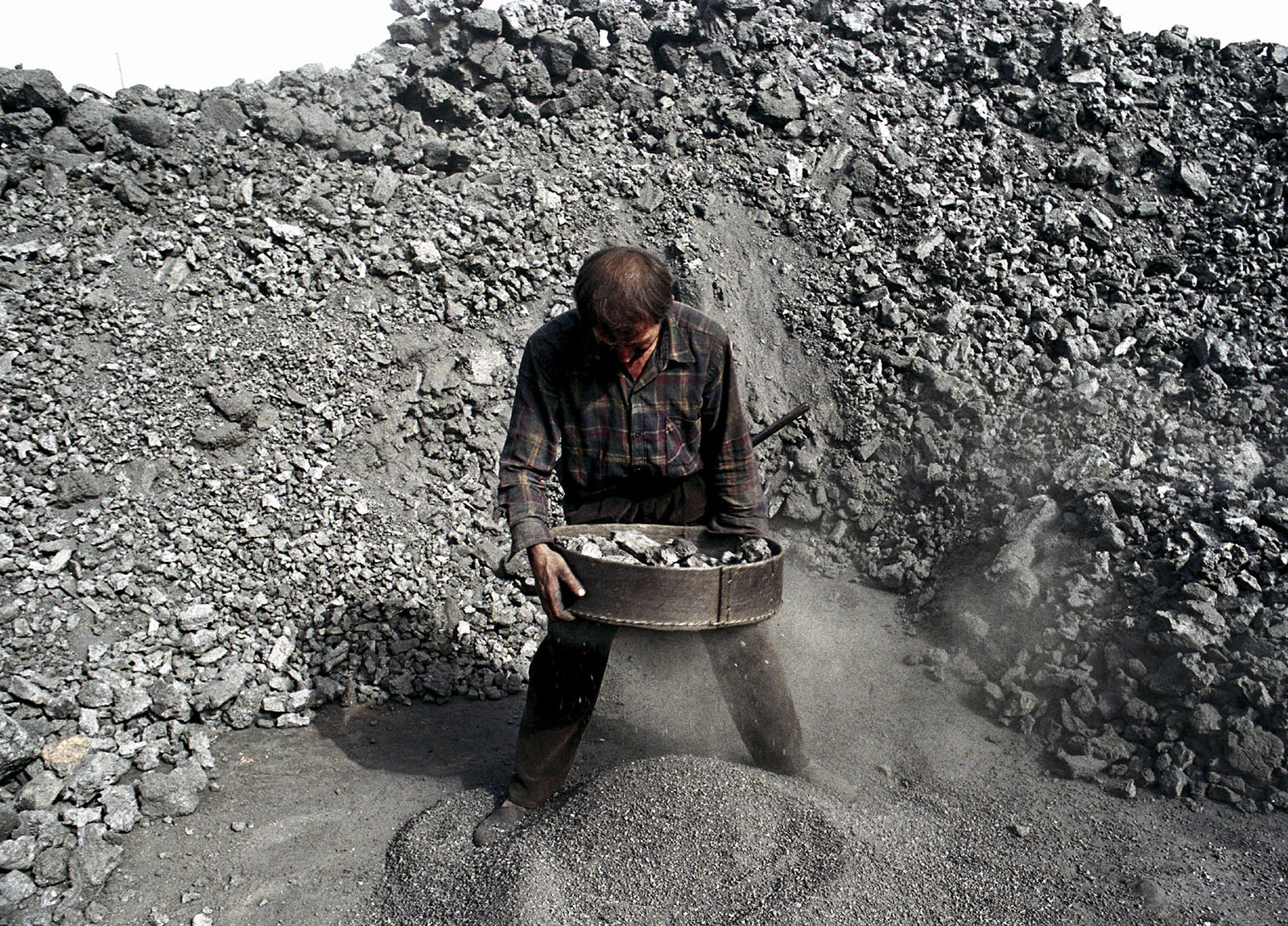 Coal sorting, Xinjiang China