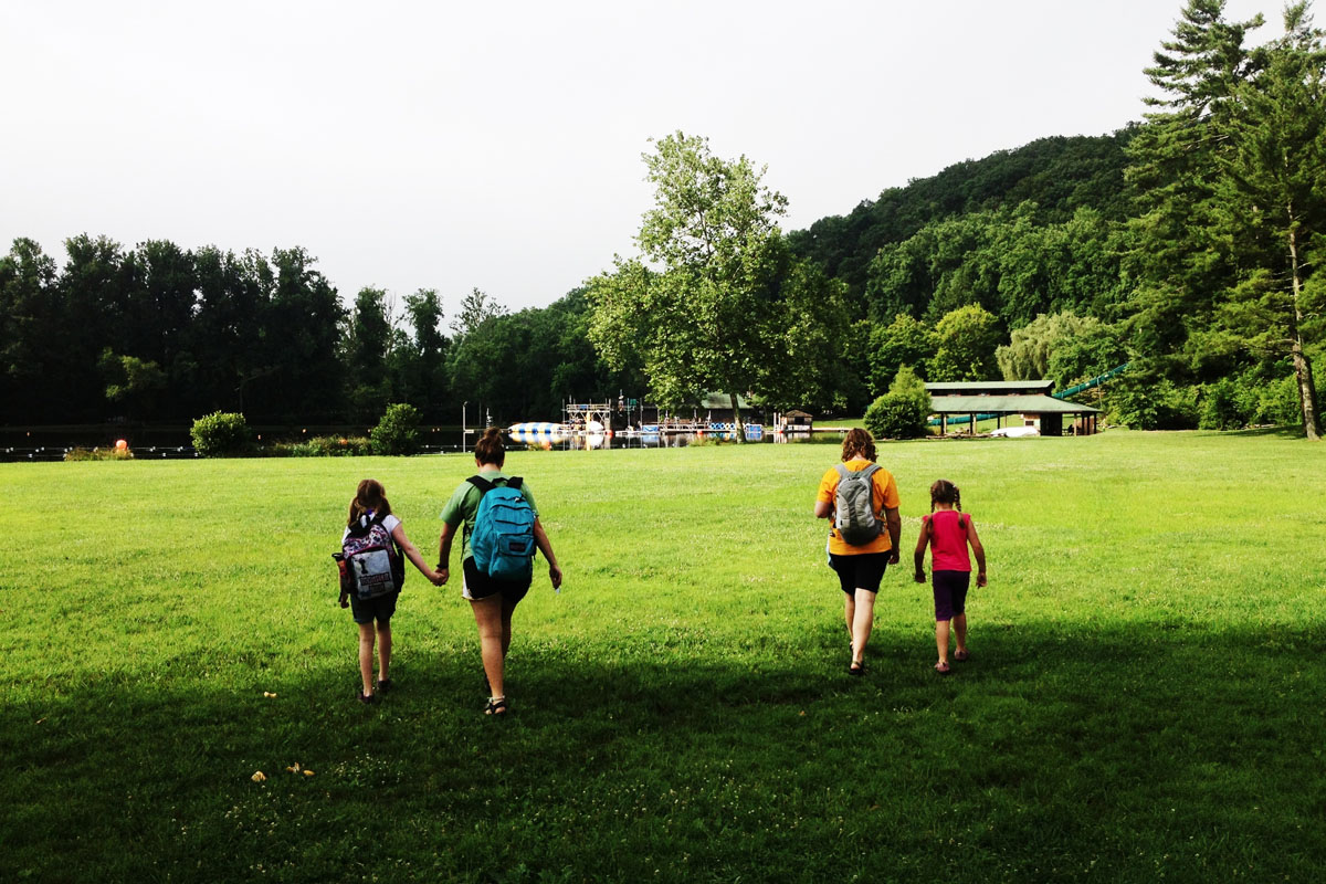 2013-07_camp_iphone_15