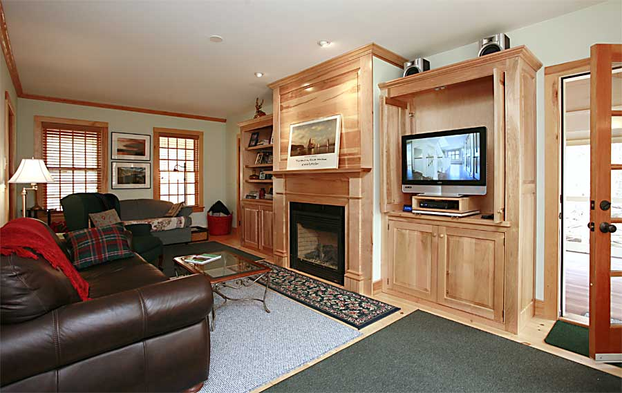 The living room the house southern berkshire vacation for Living room with lots of seating