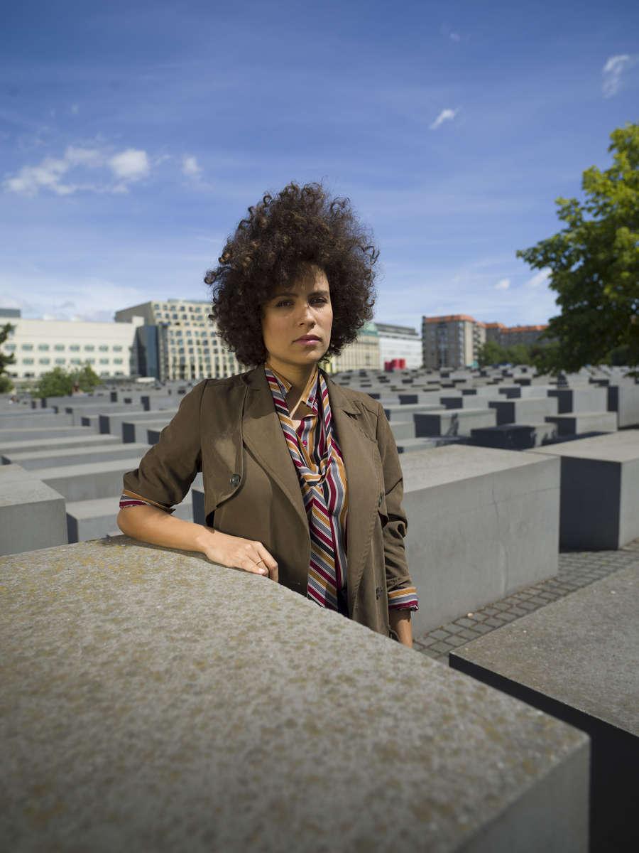 July 04, 2019 - Berlin, Germany:  Die SPIEGEL Redakteurin Rachelle Pouplier auf dem Gelände des Holocaust Memorial.