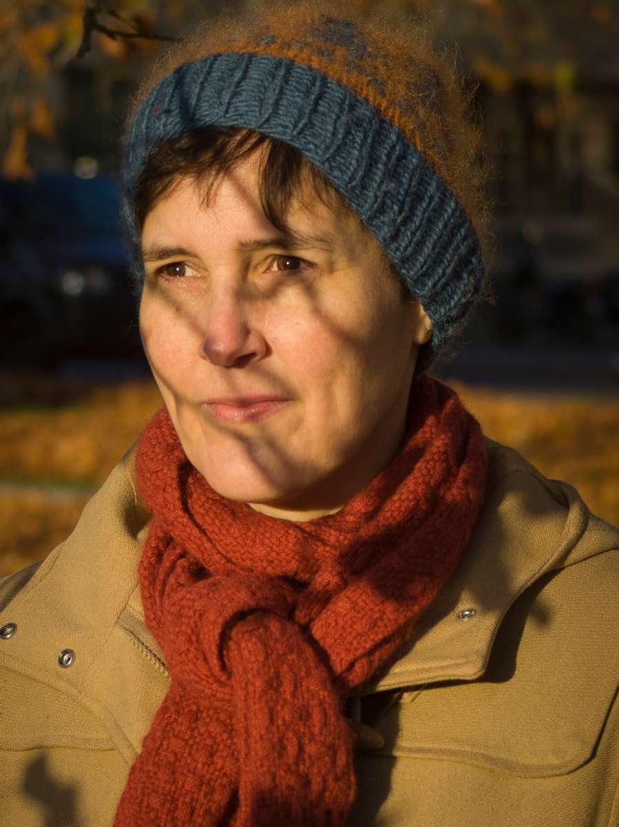 German author Anke Stelling.  Stelling won the Leipzig Book Fair Prize in 2019 for {quote}Schäfchen im Trockenen{quote}