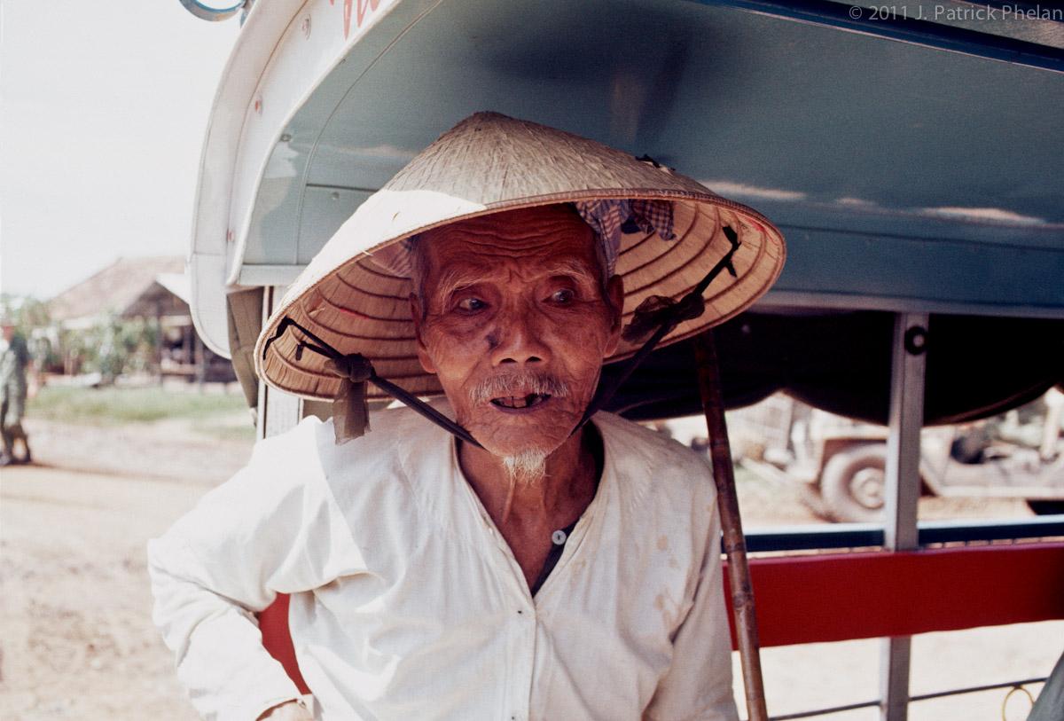 Phelan_1968-70vietnam_0323