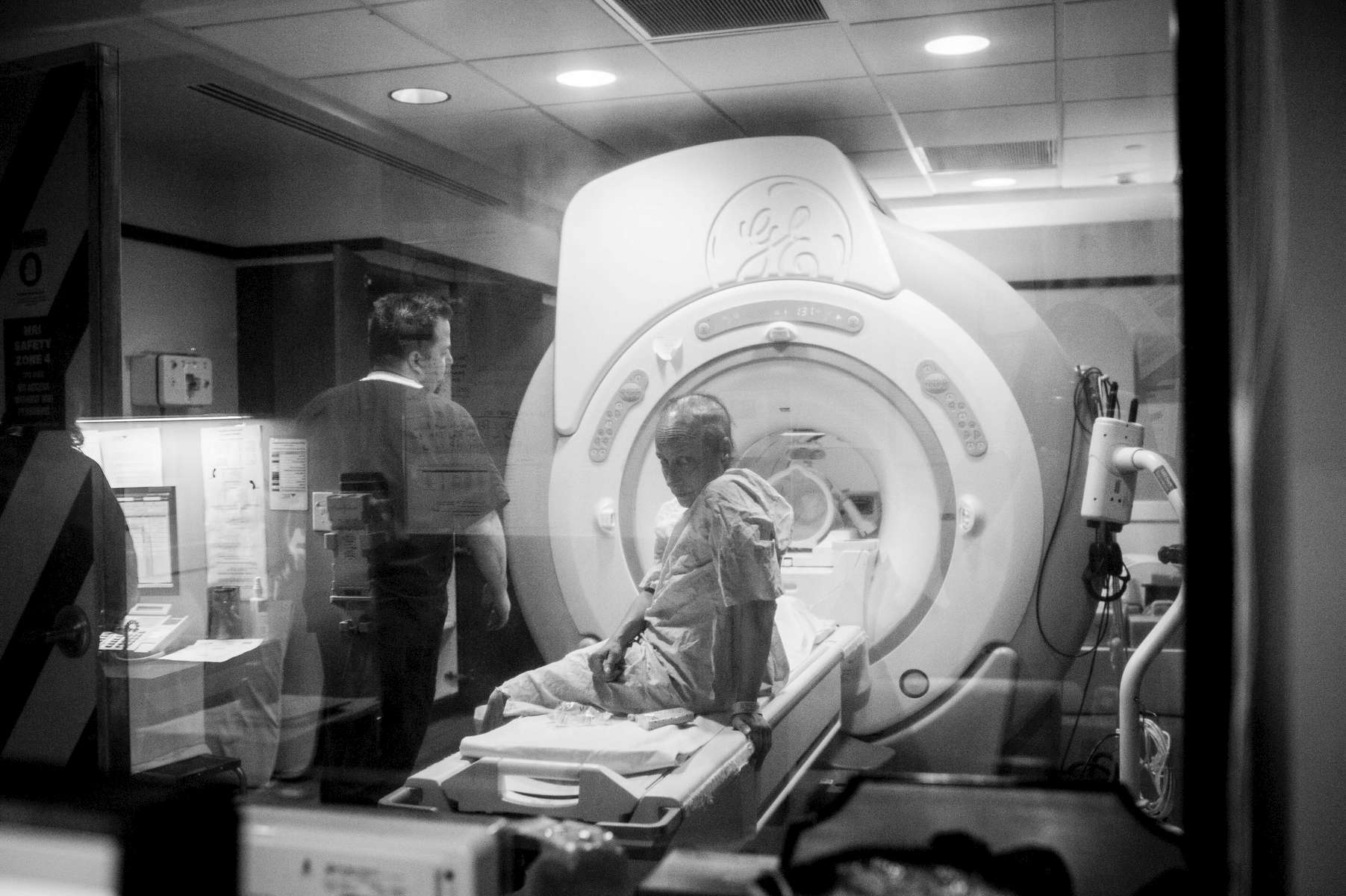 Mom prepared to have a brain scan one afternoon, hoping to find out if the tumors had shrunk after starting a new treatment.