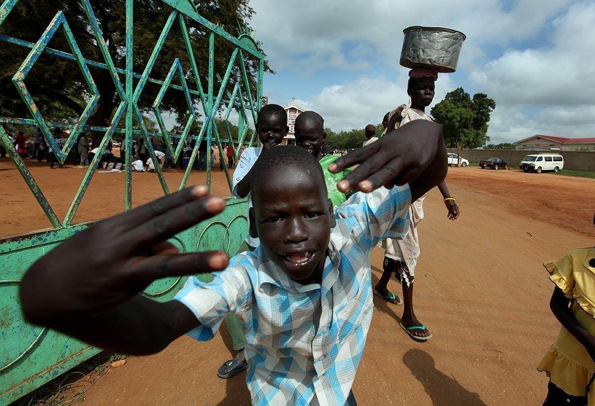 SUDAN---Moshe-Shai---90