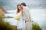 -Terranea-Resort-wedding-photos-of-bride-and-groom-at-sunset-in--Rancho-Palos-Verdes-