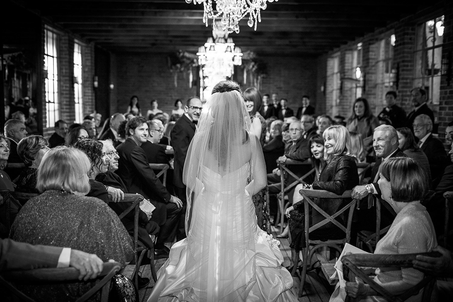Jewish-Wedding-in-Black-and-White-at-Carondelet-house-in-Los-Angeles