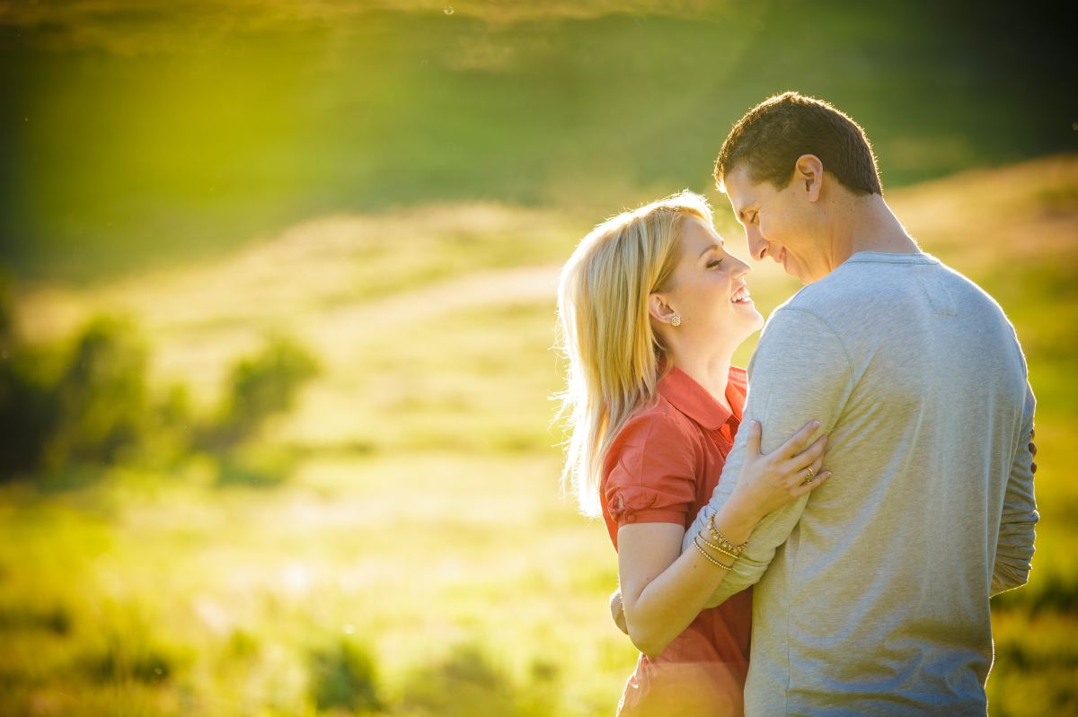 Thomas-Riley-Engagement-Session-at-Sunset-009