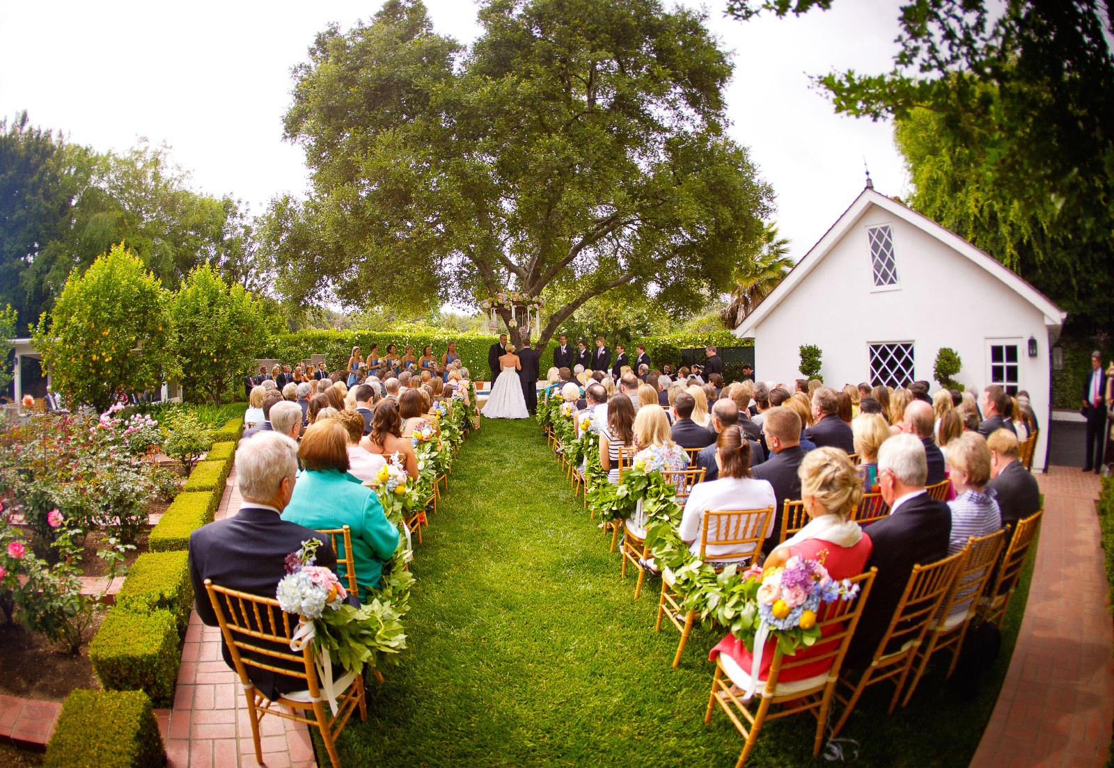 backyard-wedding-ceremomy-in-pasadena