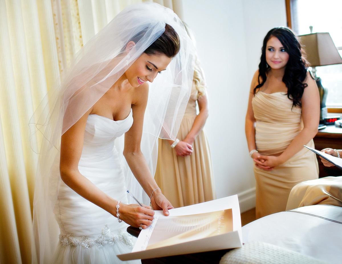 lindsay_schoneweis_alexander_davis_wedding023_