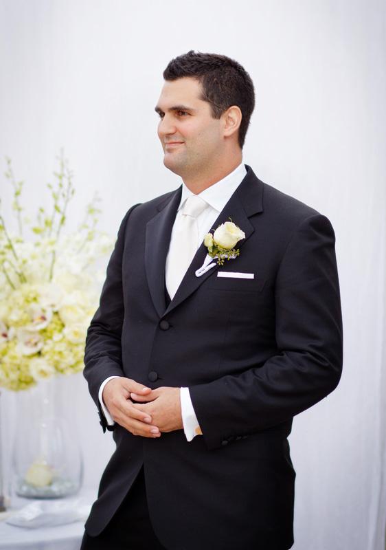 lindsay_schoneweis_alexander_davis_wedding027_