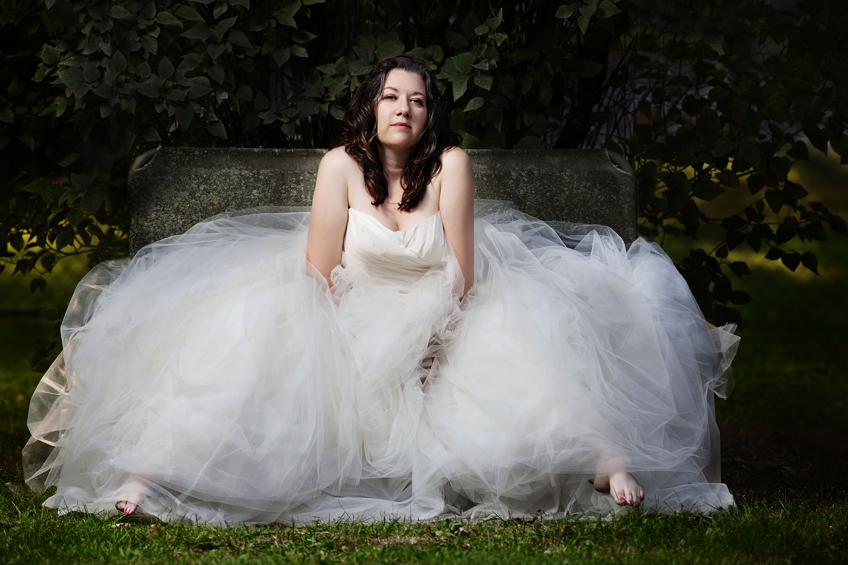 In your Vera Wang... or ours.No need to follow in the  antiquated footsteps of every Jill, Janet and Jane. Friends and family want to see your bridal photographs at the wedding, not months afterwards. Have a wonderful time in front of our cameras with unfettered imagination, and relax knowing that if you want to ride a 1,000lb prized pig with your favorite cowgirl boots on, across the familly farm...  you might want to use our Vera Wang; not yours ;)