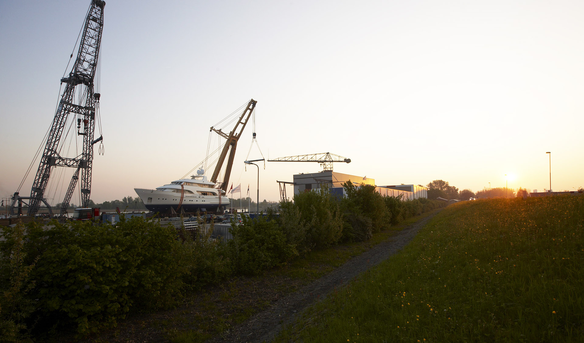 Moonen Shipyards BV - www.moonen.com - The Netherlands - +31 73 6210094