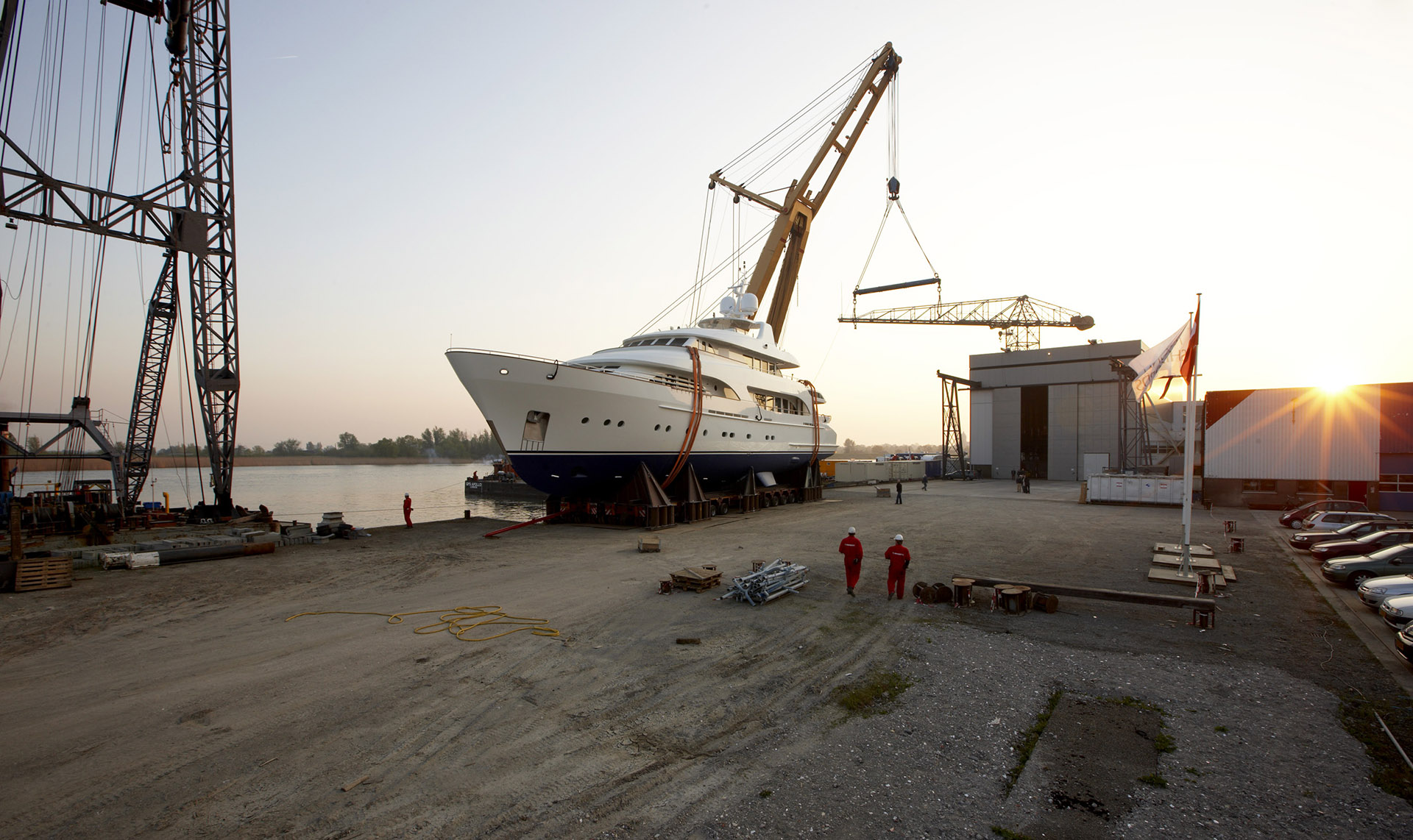 Moonen Shipyards BV - www.moonen.com - The Netherlands - +31 73 6210094