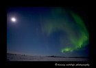 Northern_lights_lake