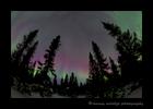 Northern_lights_reds_2015