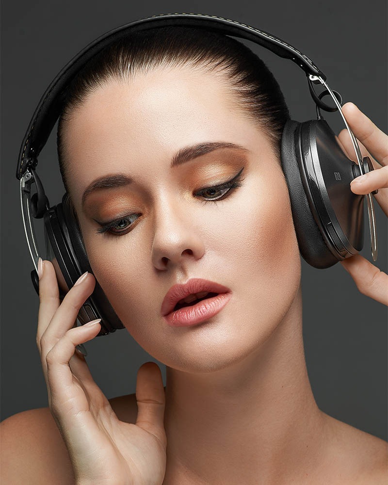 paul_christey_photography_brisbane_product_sennheiser_momentum_lucy_low-res