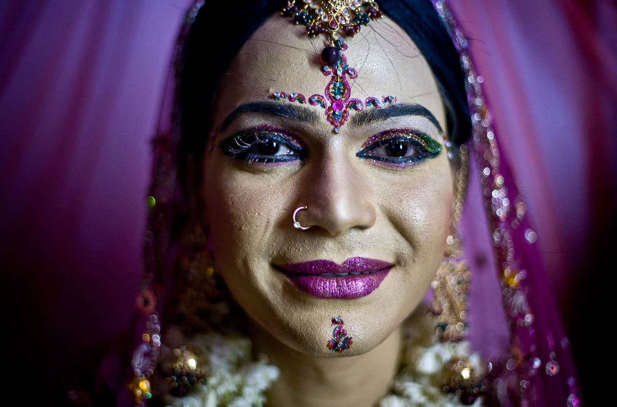 The illegal wedding of Tamzid takes place in Dhaka, Bangladesh. Most of Tamzids family disowned him after learning he was gay.Male same-sex unions are criminalized in Bangladesh and the punishment include fines and imprisonment of up to ten years. The gay community is generally underground and heavily stigmatized. No hate crime laws exist to address crimes motivated by sexual orientation or gender identity bias.