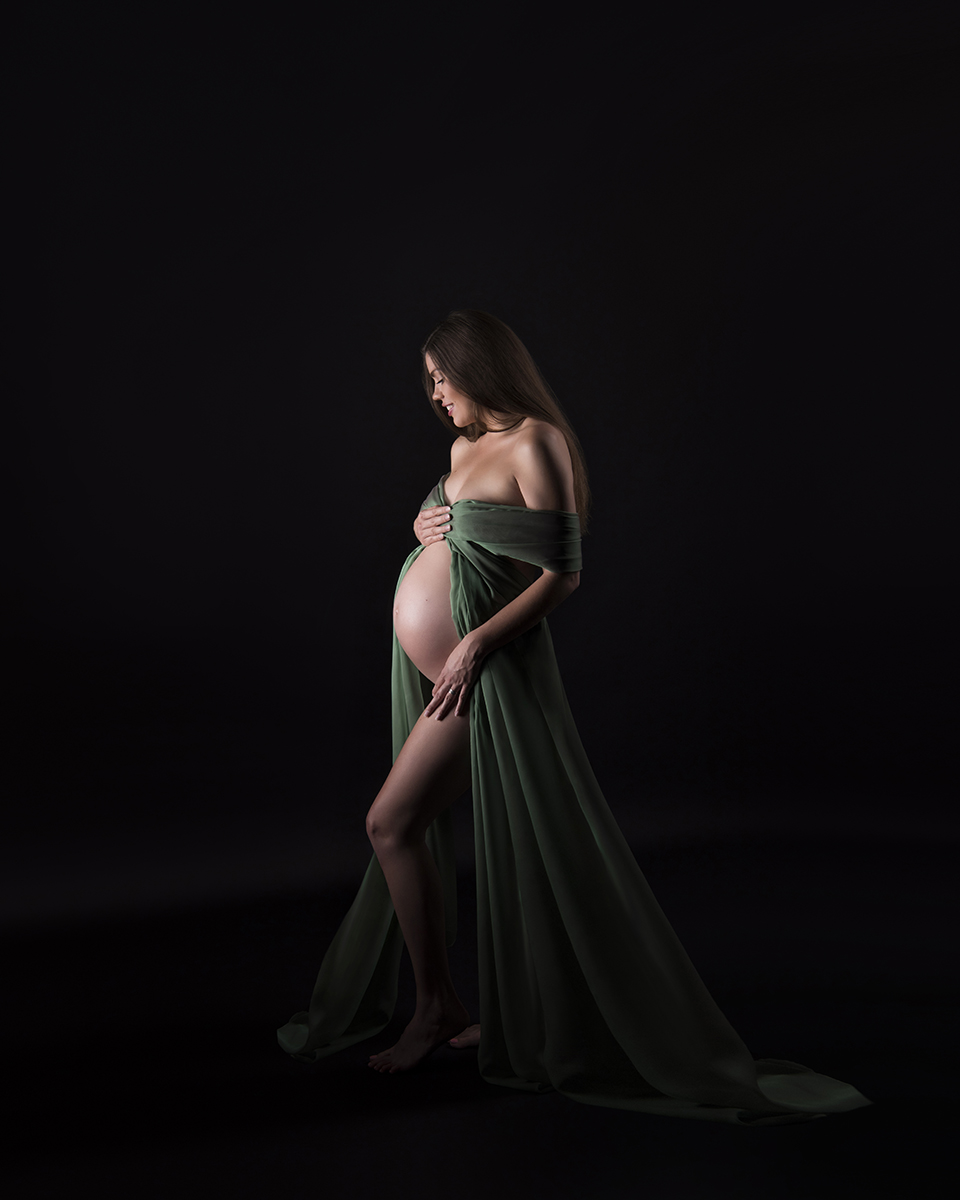 best-maternity-photographer-London-Nemi-Miller_4