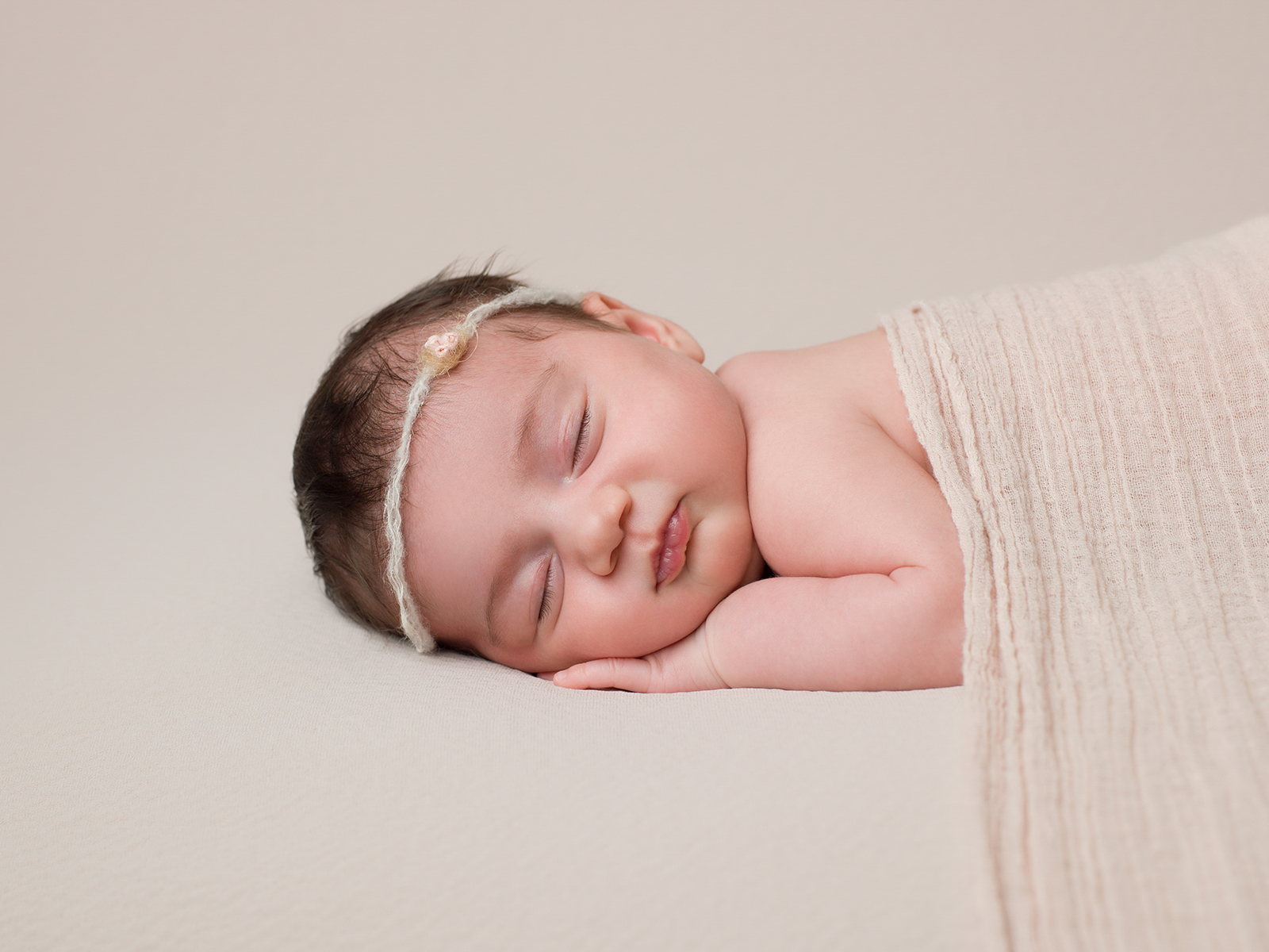 newborn-baby-photoshoot-London-11