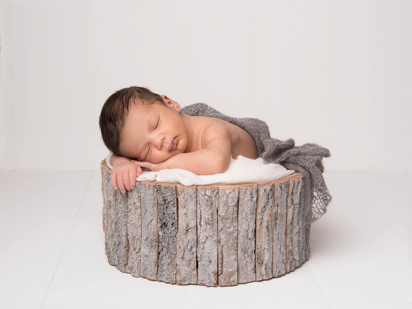 newborn-baby-photoshoot-London-17