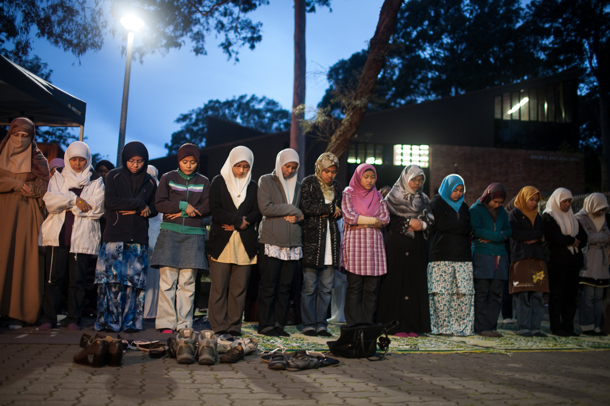 Once a week during Ramadan, the University of Newcastle Islamic Society organise a break fast in the courtyard at the University. The group has worked hard to raise awareness about Islam, as well as fundraising for humanitarian campaigns such as the Pakistani floods.