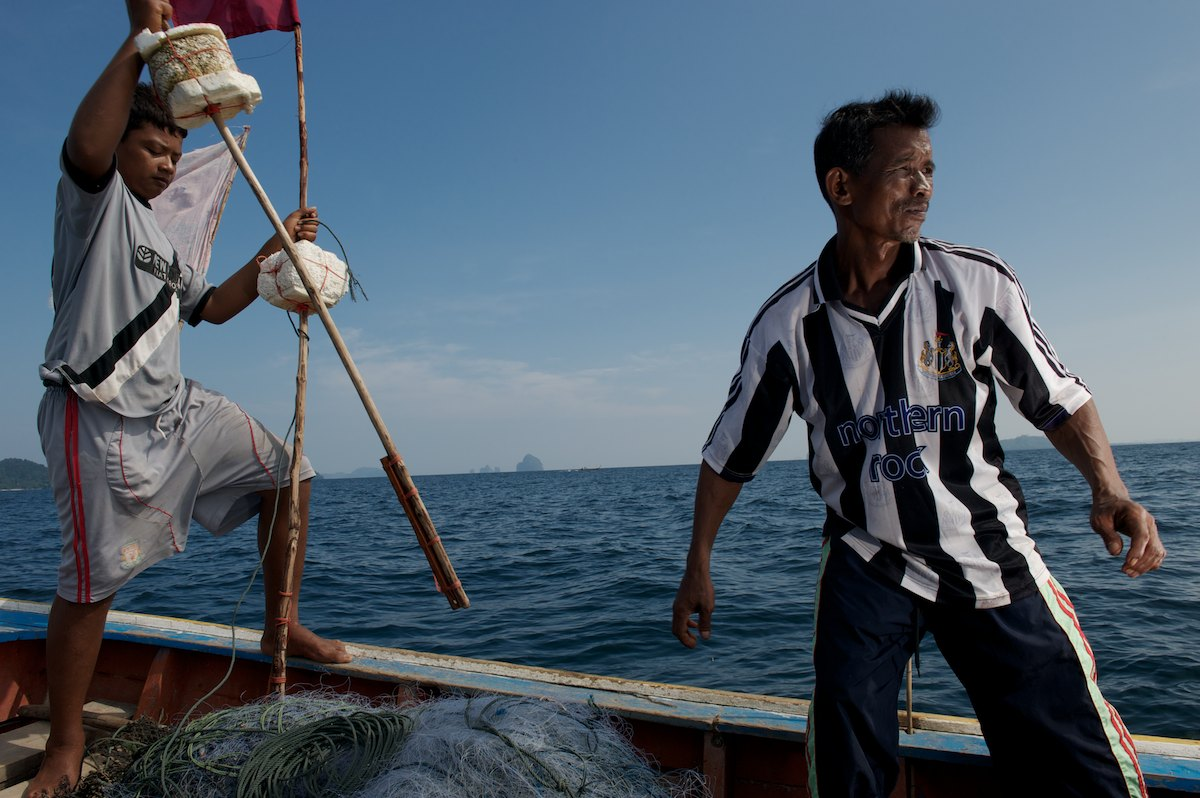 Bang Gii and his son drop 8 drift nets, an operation he maintains twice a week.