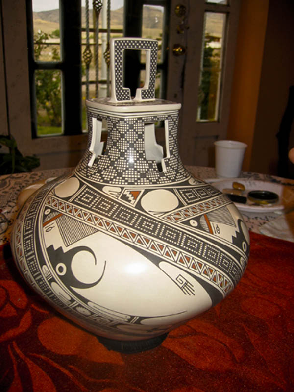A pot by Graciela and Hector Gallegos