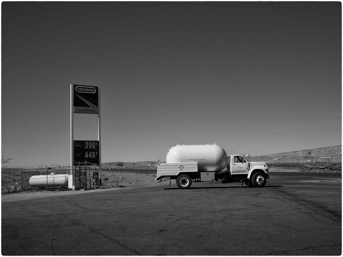 Desert-Oil-MW