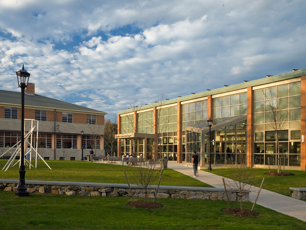 View of the New Sudent Center and Quad