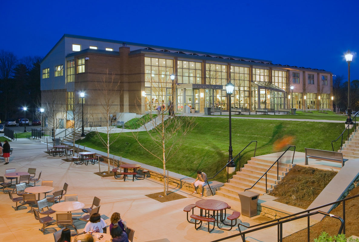 The New Sudent Center and Quad at Night